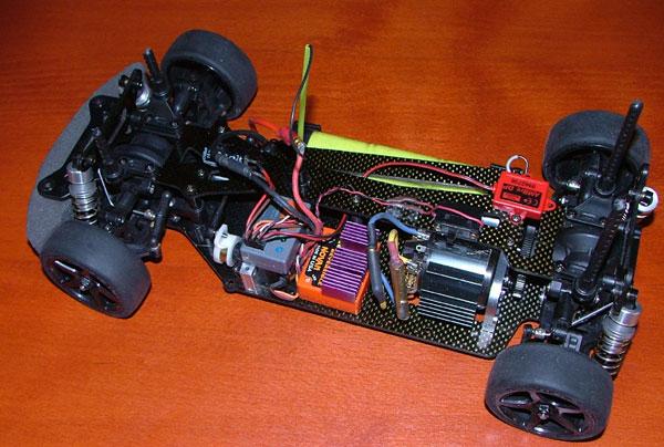 Tamiya TB01 chassis en ook nog de Limited Edition