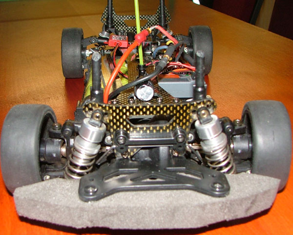 voorzijde chassis Tamiya TB-01 Limited Edition